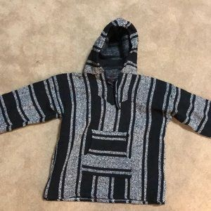 Mexican sweater / hoodie black and white